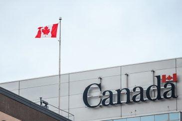بازگشایی اداره مهاجرت کانادا