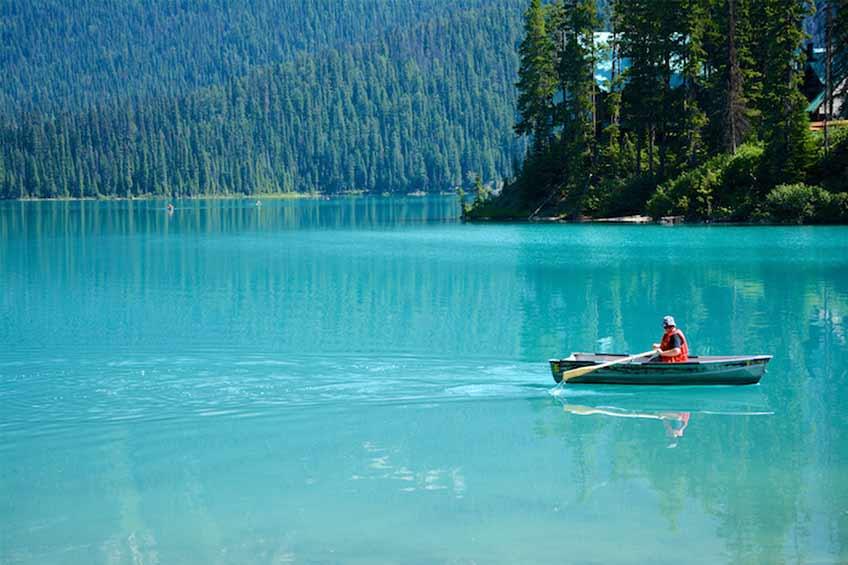 دریاچه زمرد کانادا